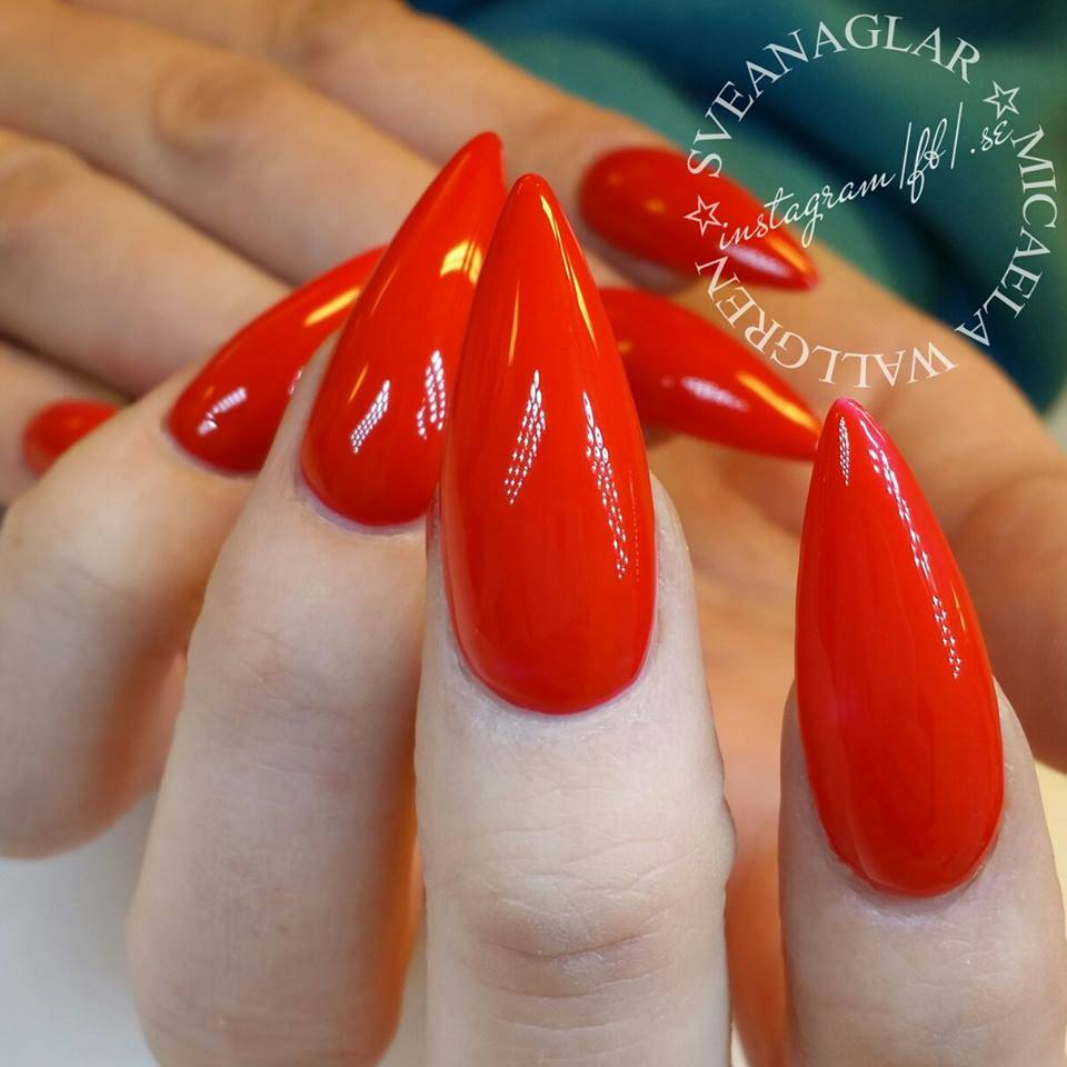Lilly Nails Gel Polish Fire Red