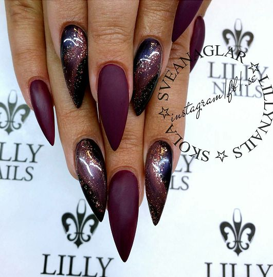 Lilly Nails Gel Polish Dark Grape